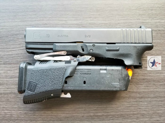 Full Conceal M3 Foldable Glock 19